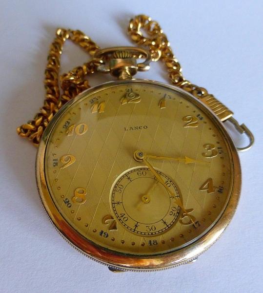 Predám švajčiarske pozlátené vreckové hodinky Lanco 15 Rubis - burza ... ee207462eaa