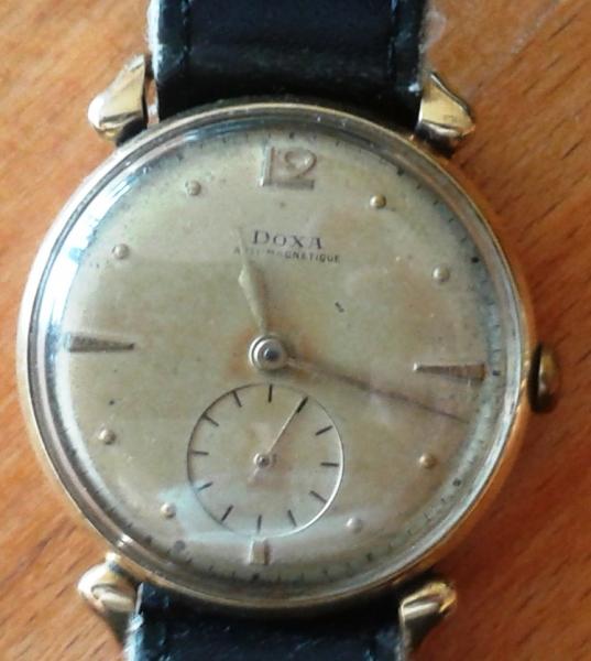 Náramkové zlaté hodiny Doxy - burza starožitností - MojeStarozitnosti.sk 83a75cc63c